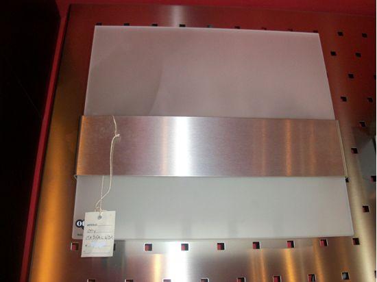Applique da parete per interni quadrato in vetro satinato e fascia
