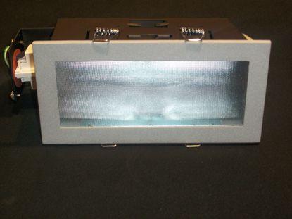 Immagine di Faro Da Incasso Per Interni Rettangolare Con Cornice Alluminio E Diffusore A Nido D'ape