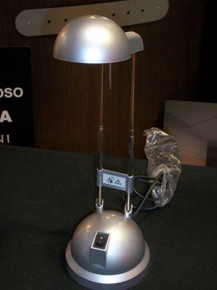Picture of Lampada Da Tavolo In Metallo Di Colore Alluminio Con Interruttore