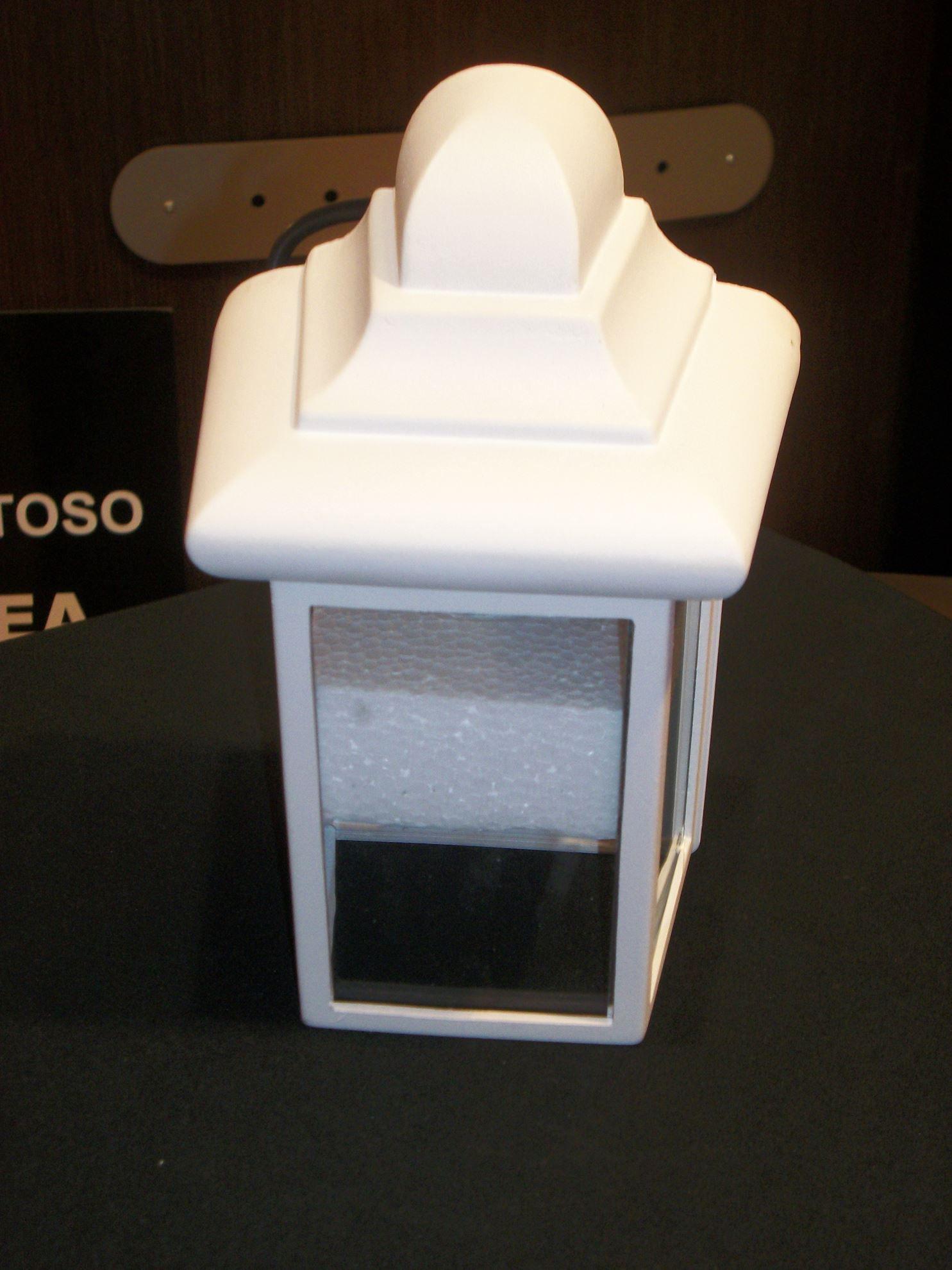 Parete In Vetro Esterno : Lanterna a parete per esterni in metallo bianco e vetro