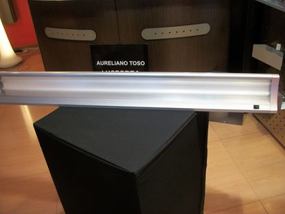 Immagine di Mensola A Parete Per Interni In Metallo Color Alluminio