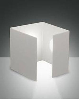 Immagine di Lampada Da Tavolo A Forma Di Cubo