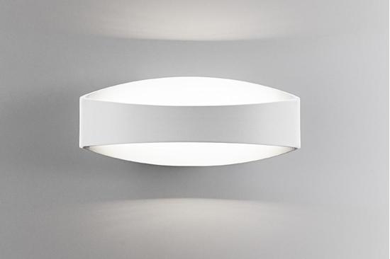 Applique da parete in alluminio di colore bianco opaco ailati lights