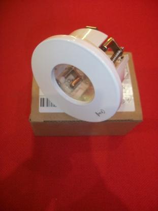 Immagine di Faretto Da Incasso Per Cartongesso A Soffito In Metallo Verniciato Bianco Con Vetro Tasparente Domino -670401-