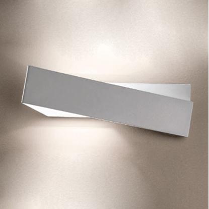 Immagine di Zig Zag Applique Per Interni Moderno Di Colore Bianco