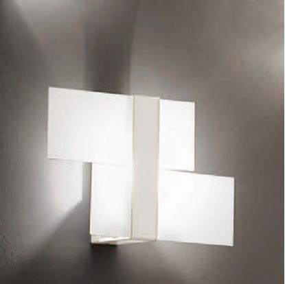Immagine di Triad Applique Per Interno In Vetro Satinato Metallo Bianco