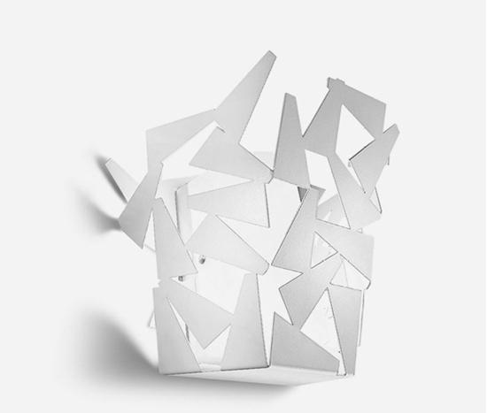 Picture of Fracta Applique Stile Moderno In Metallo Bianco