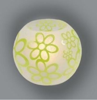Immagine di Lampada Da Tavolo A Sfera Di Vetro Satinato Con Decori Color Verde Mela