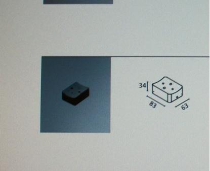 Immagine di Attacco A Parete Verticale Per La Plafoniera Vega
