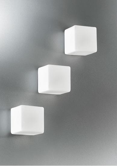 Picture of Cubo In Vetro Bianco Da Parete O Soffitto Con Base Grigio Alluminio -5120.11grigio/alluminio-