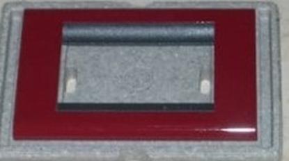 Picture of Placca Living Classic In Plastica 3 Moduli Amaranto -4713pam--